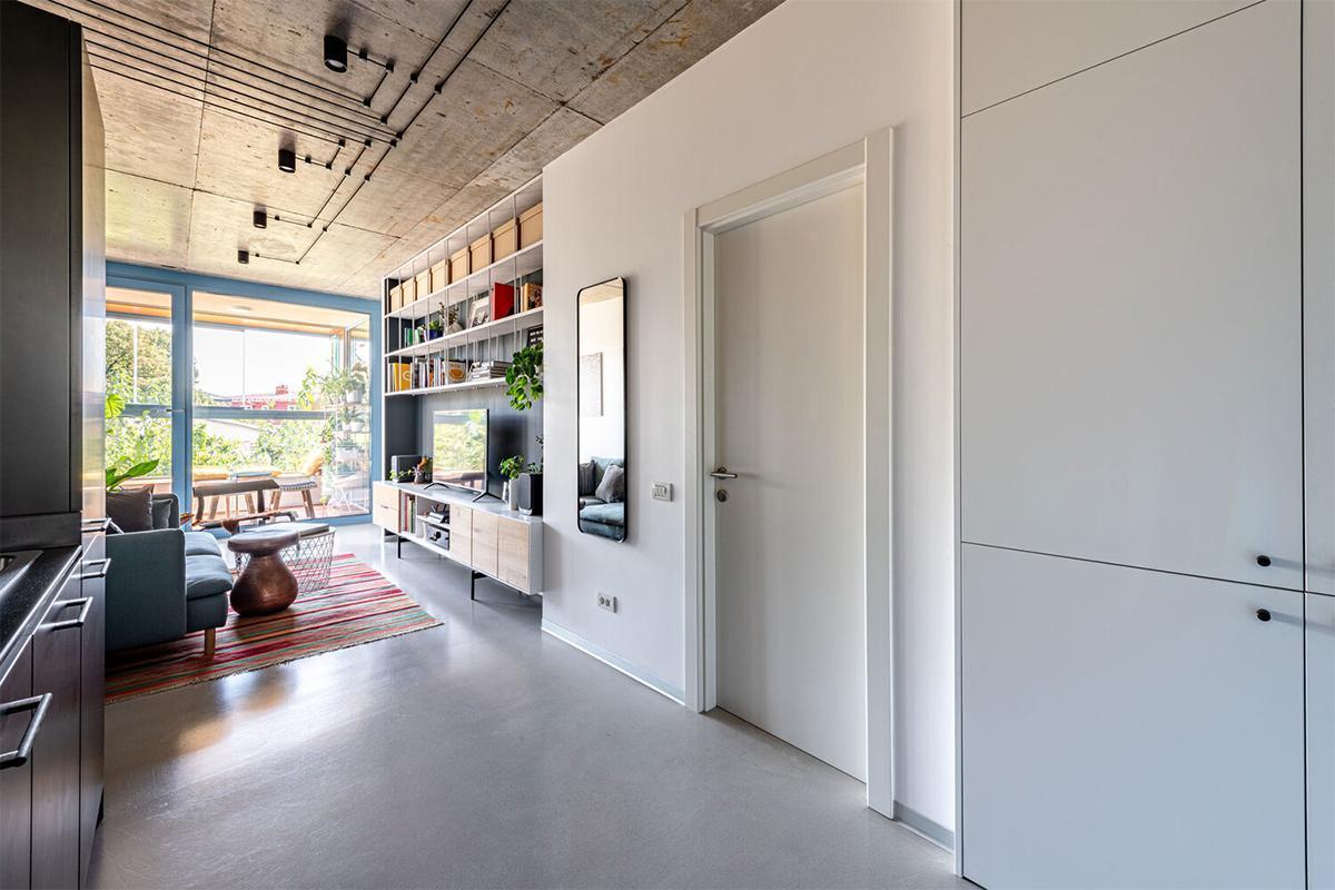 Làm thế nào để thiết kế nội thất cho căn hộ 34m2 có không gian thật thoải mái