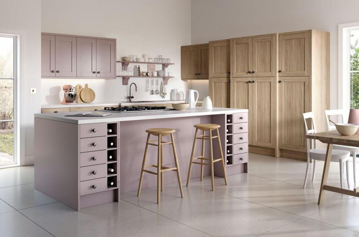 Mẫu phòng bếp hiện đại với gam màu hồng pastel
