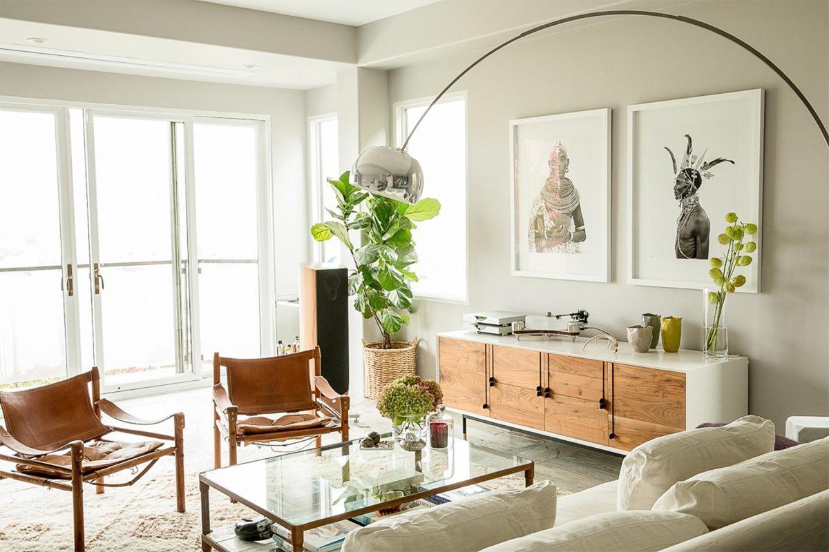 Trang trí phòng khách đẹp với tone màu trắng
