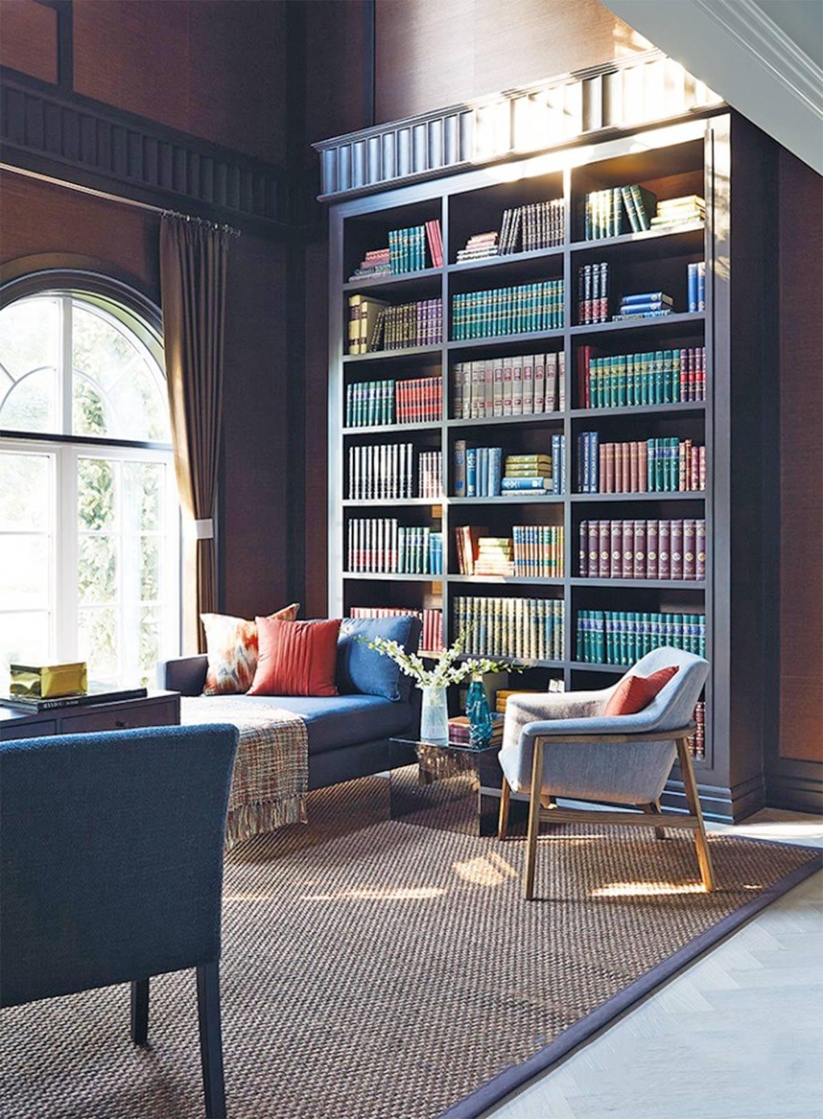 Phòng sách với ánh sáng tự nhiên dồi dào