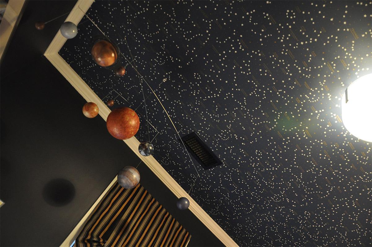 Thiết kế nội thất căn hộ cho người đam mê thiên văn, cung sao hoàng đạo
