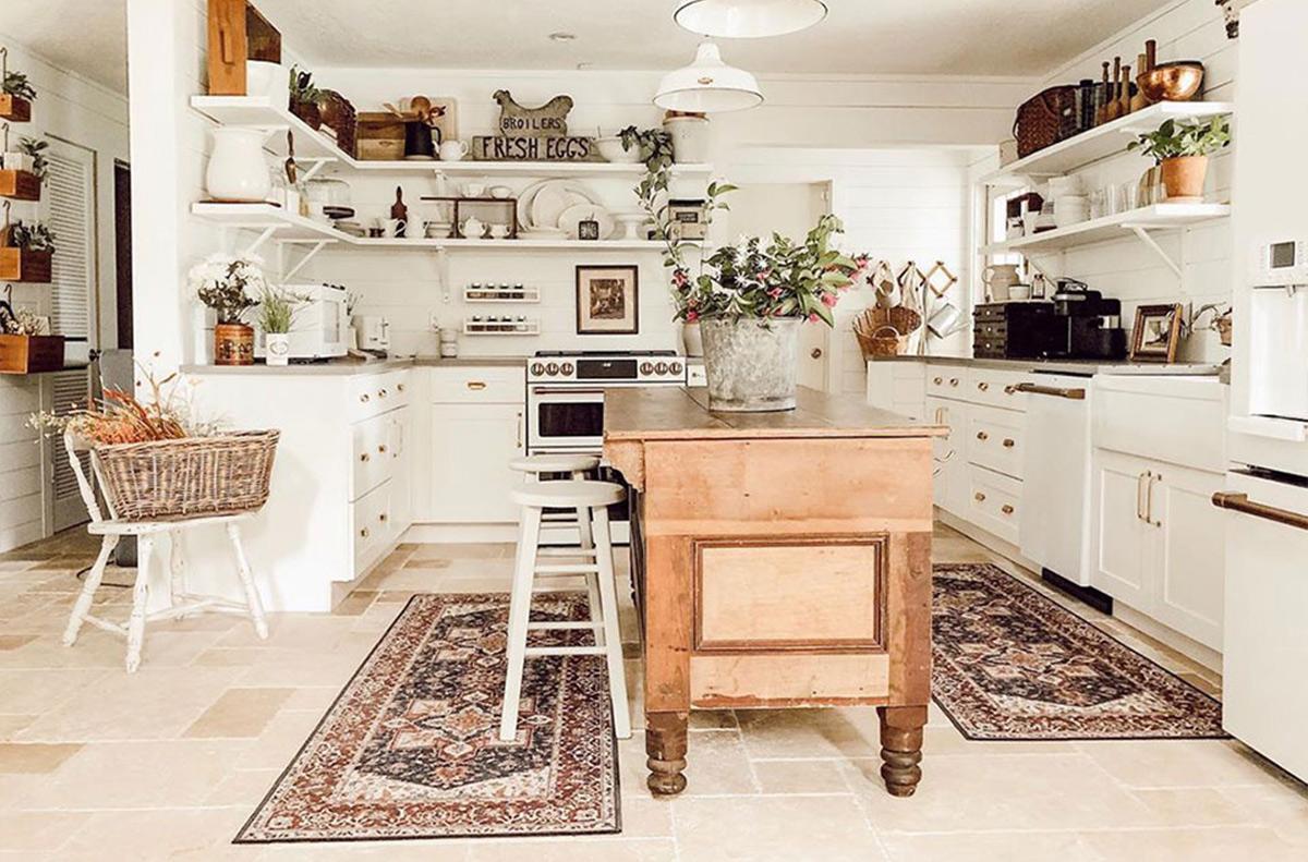 Thảm lót sàn nhà bếp mang lại sự ấm áp