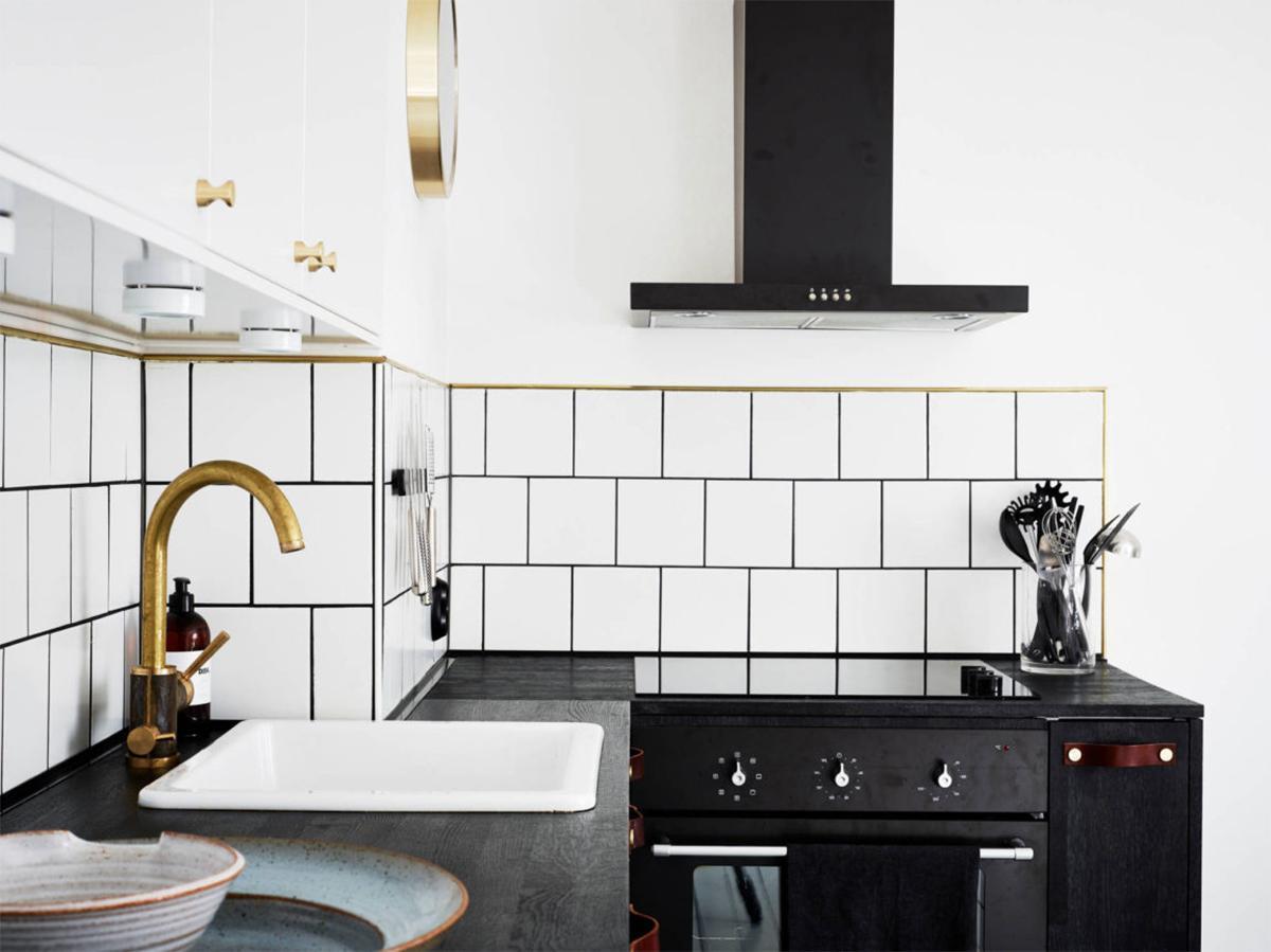 Thiết kế nội thất phòng bếp căn hộ 31m2 phong cách Scandinavian