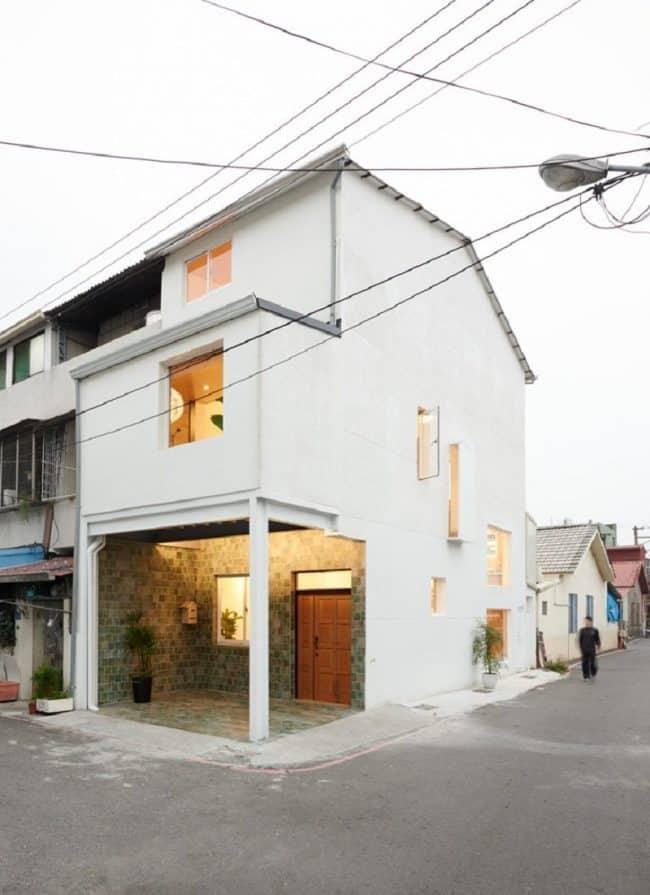 Ngôi nhà nhỏ nhìn từ bên ngoài