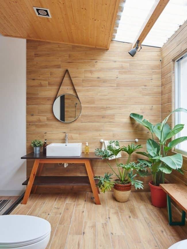 Nhà tắm được thiết kế trên tầng lửng