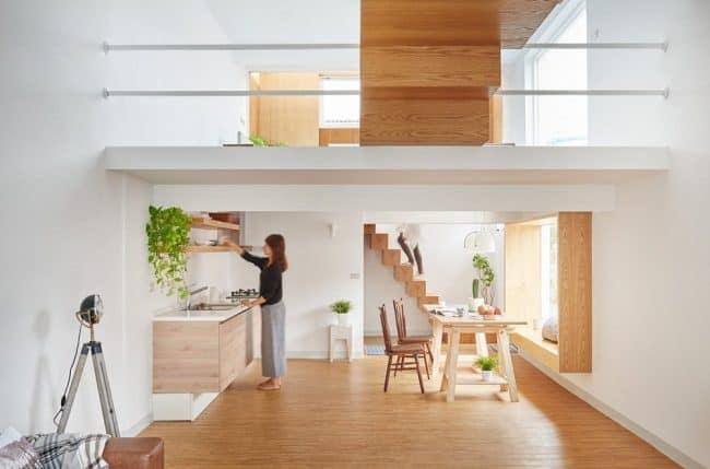 Nhờ thiết kế nội thất khôn khéo, căn hộ vô cùng sáng sủa