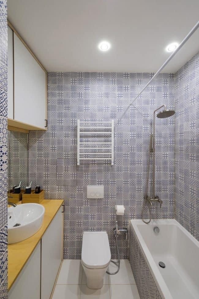 Phòng vệ sinh tuy nhỏ nhưng có đầy đủ các tiện nghi cần thiết
