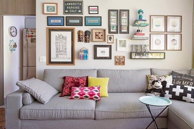Không gian phòng khách được trang trí nội thất sống động như Studio