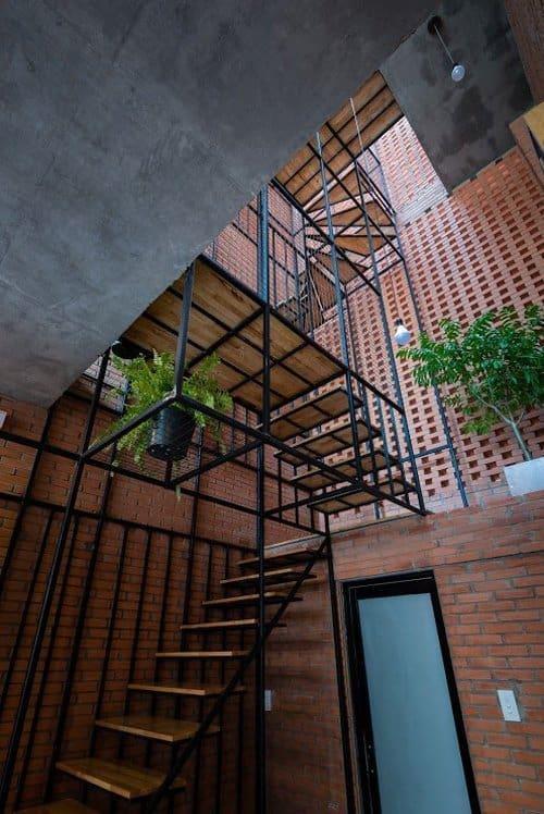 Ngôi nhà xây dựng trên diện tích 24,5 m2 (3,5mx7m)