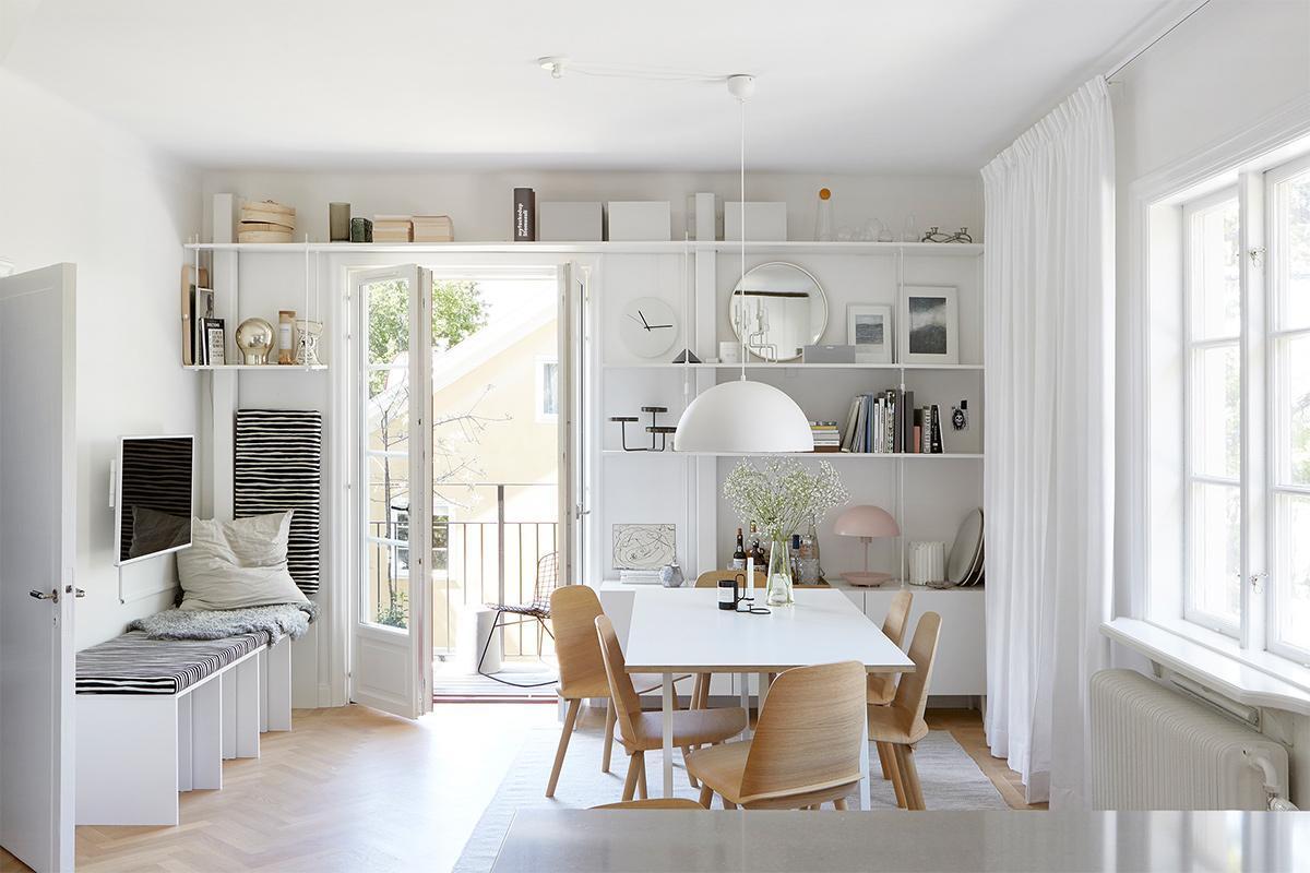 Thiết kế nội thất phòng khách căn hộ màu trắng