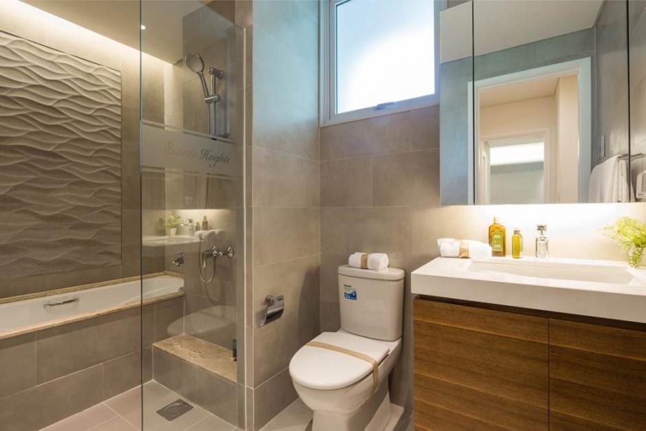 Không gian phòng tắm đẹp và tiện lợi của căn hộ Estella Heights.
