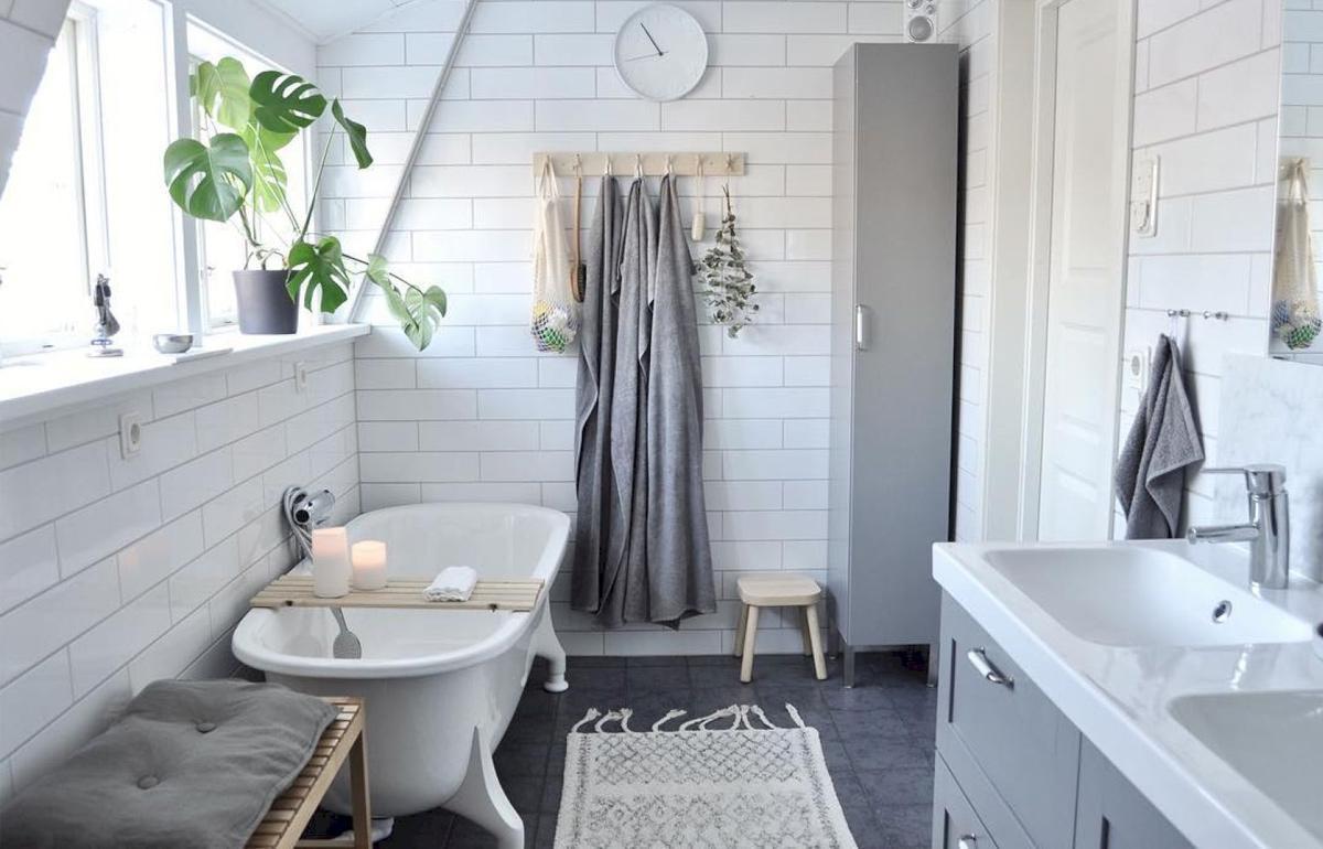 tường nhà tắm