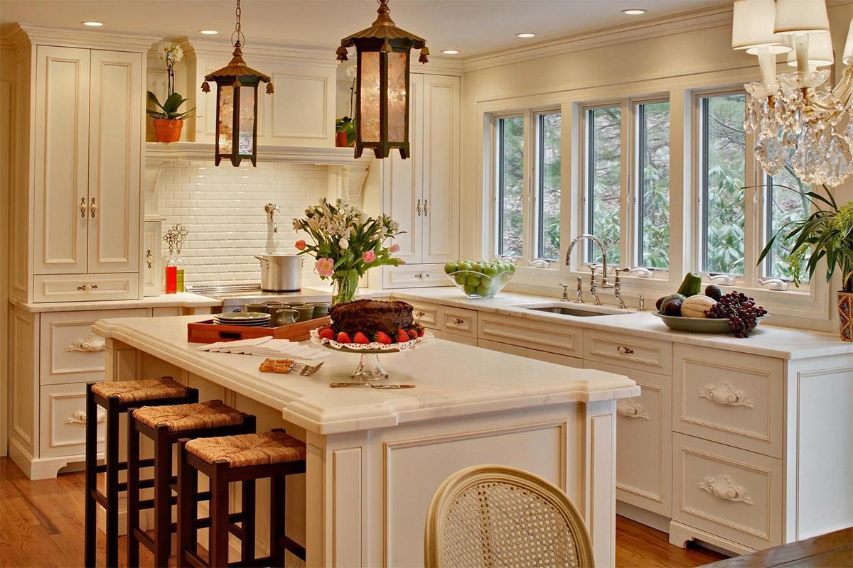 phòng bếp căn hộ phong cách cổ điển