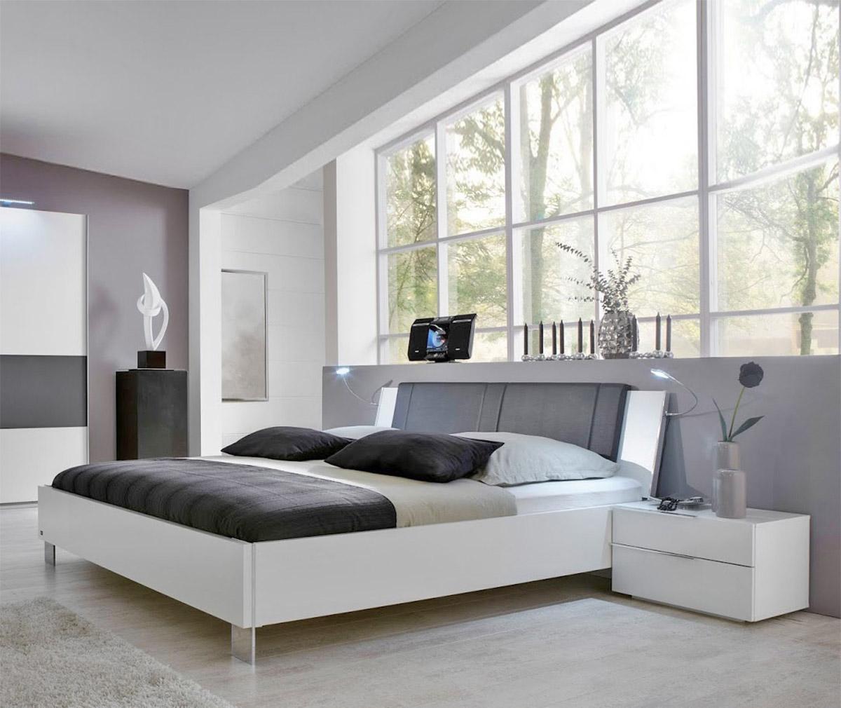 vật liệu Acrylic làm giường ngủ