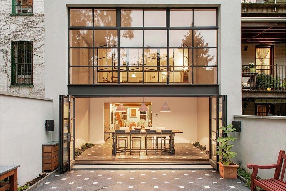 thiết kế cửa kính cho nhà phố